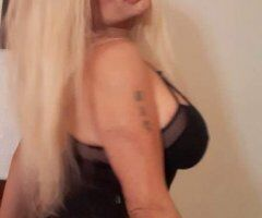 Kissimmee TS escort female escort - Day or night Starr will treat you right 386-456-8551