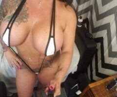BBW 45 years old sexy milf bored again looking for regular..... - Image 4
