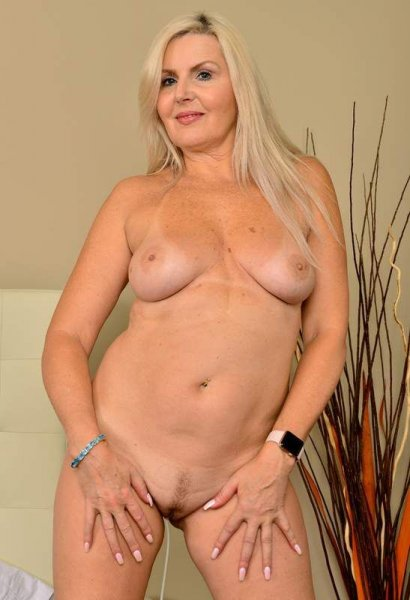 ARE YOU LOVE💖45 YRS OLDER SEXY WOMEN🍆🎒COME TO MY HOME💥🍆 - 6