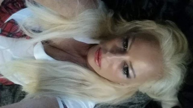 MILFtacular Alert! Hot Busty Blonde MILF 38DDD Stifler's Mom - 5