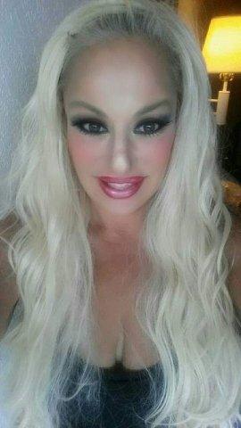 MILFtacular Alert! Hot Busty Blonde MILF 38DDD Stifler's Mom - 8
