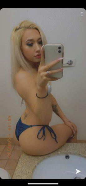 19yr old HOT, blonde, beauty with a booty! - 3