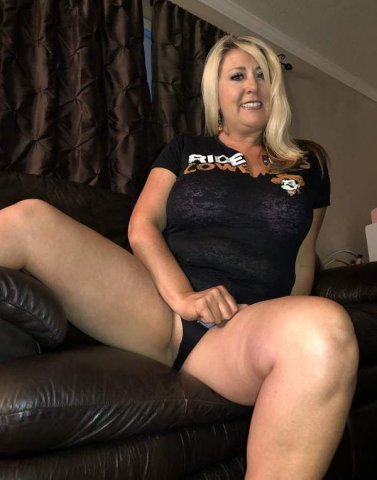 ??44 years old mOm?Monica?Specials?$30 Qv?$50 Hh?$80 Hr?✔ - 6