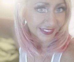 Hot Lil blonde - Image 1