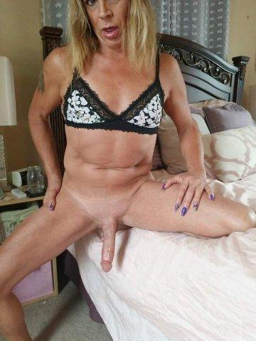 Sweatpants wearing Orgasm Machine! - 2