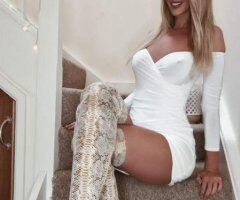BUSTY Blonde Playmate YOUR PLACE 24/7 - CALL NOW!! - Image 5