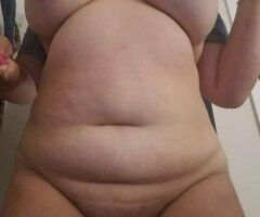 ???Divorced Sexy Mom Looking For 420 Oral b+j Fun ??? - Image 1