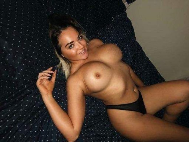 FUCK MY HUNGRY PINK PUSSY ??? - 3