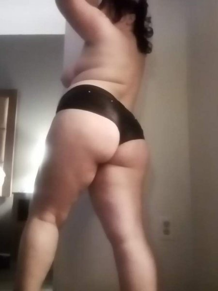 Come check me out my pics are up to date - 2