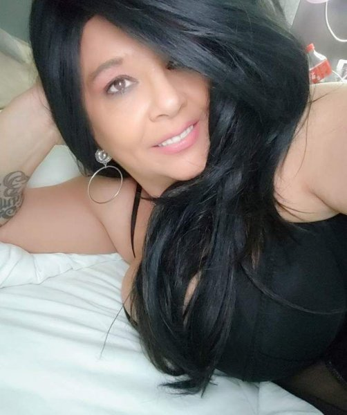 GFE/PSE Roleplay COUGAR ..New to Austin Available AFTER 830pm - 11