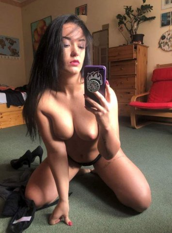 ?TS LADY READY FOR Eat and lick?Oral anal 420 fun - 2