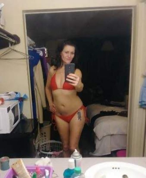 💚💘💘💦 40 Y/O Divorced Older Mom FUCK ME 69 STYLE 💚💘💘💦 - 1