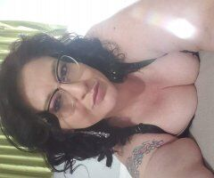 8063755677want to play with all this voluptuous assssss!!!!!!! - Image 3