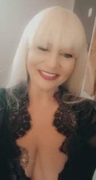 NRG/GULFGATE - MATURE SQUIRTING MILF to SUPER SOAK YOUR HOT DAY - 2