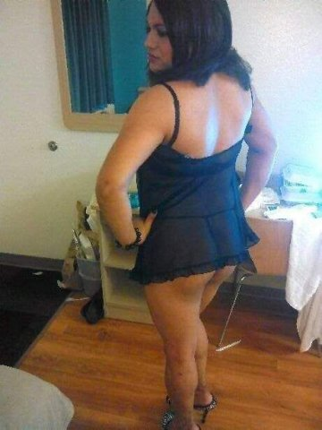 HOT SEXY TRANSEXUAL AVAILABLE THIS MORNING - 1