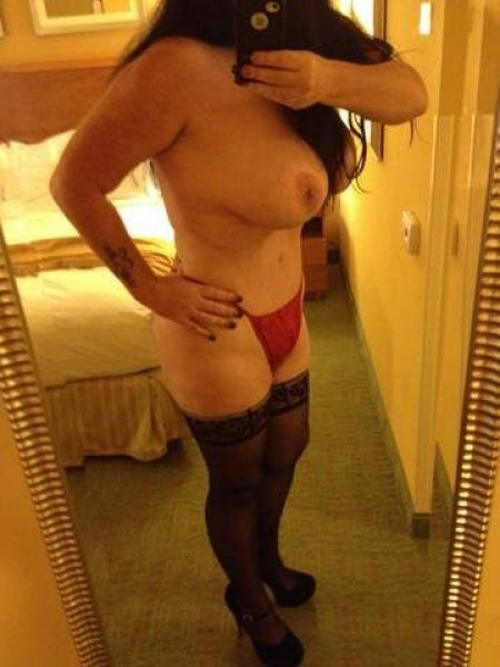 Thick, CURVY, VOLUPTUOUS 40E's, CRANBERRY twp 1 more day. 10/15 - 4