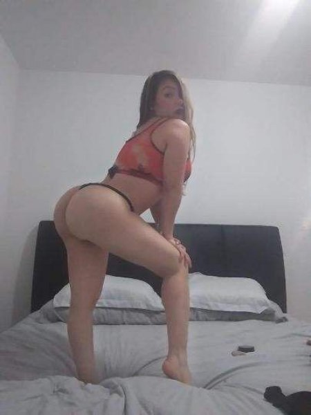 Sexy hottie young beauty voluptuous big but Zully the one and onl - 1
