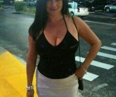 Palm Springs female escort - 💕💋❤️💕44 YEARS OLDER HISPANIC DIVORCED MOM COME_FUCK ME💕💋❤️💕