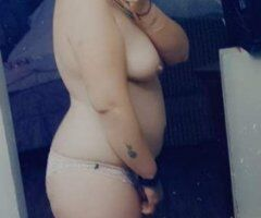 Fort Smith female escort - Have a calm an relaxing massage with a thick hot snowbunny