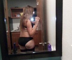 Long Island female escort - MomNew in town lonely 8436989885
