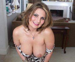 Oakland/East Bay female escort - 40 YEARS DIVORCED OLDER BBW BJ MOM TOTALLY FREE FUN