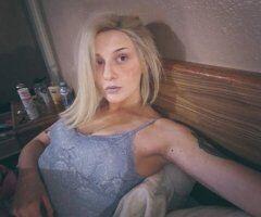 Blondie Looking for new regulars !! - Image 9
