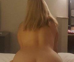 Portland female escort - Sexy girl looking to pamper you!