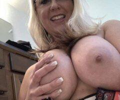 Richmond female escort - 🍁👉44 years old mOm💋Monica💋Specials👉$40 Qv👉$60 Hh👉$80 Hr💋✔