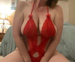 Kansas City female escort - MARRIED MOM SEEKING FOR SEMI-REGULAR FRIENDSHIP AND ADULT FUCK