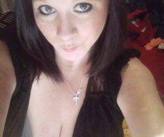 Clarksburg female escort - See💋💋 When u wanna feel good ! ! 💋💋Cum play with me!! ! !💋💋