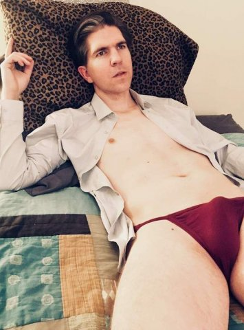 Straight/Bicurious 33 y/o white male avail now for you - 1