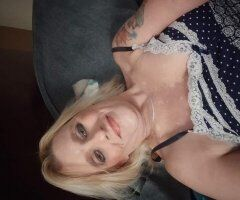 Richmond female escort - NEED HELP WITH RENT THIS MORNING BEFORE 10AM PLEASE