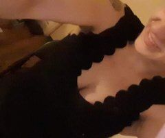 Portsmouth female escort - Happy Tuesday 💜💜💜