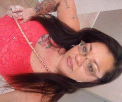 Knoxville female escort - Rainy Day*Specials *Deals* Come see me !!!