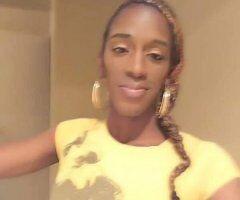 Wichita TS escort female escort - Full Nude Body Rubs nd Big Black Chic Stick All 4 U
