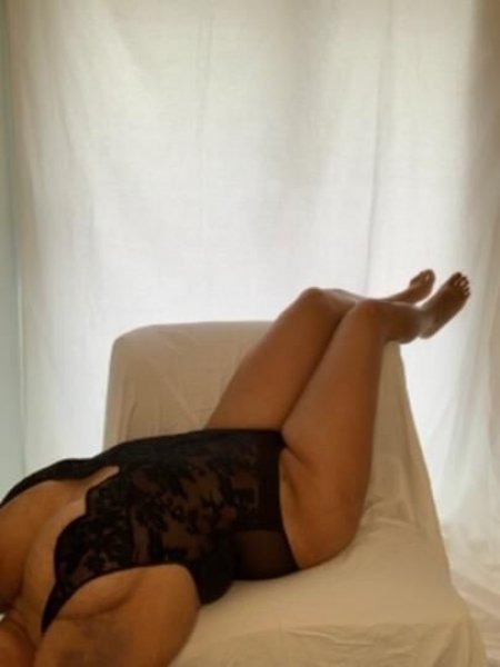 Upscale, Sexy, Juicy, Curvy, Available Now - 2