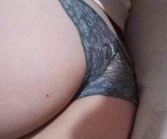 latina hot beauty - Image 5
