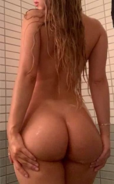 Thick Booty Blonde Latina - 2