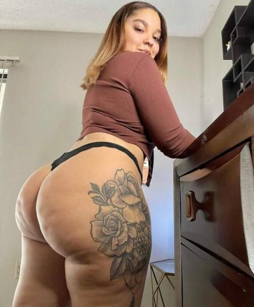 I am available for hookup: check my ad story well: 2702672536 - 4