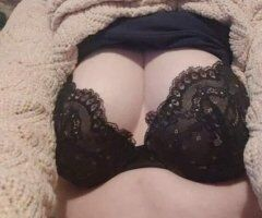 Springfield female escort - I'm Ginger.... Would love to meet u! Only Outcalls though!!