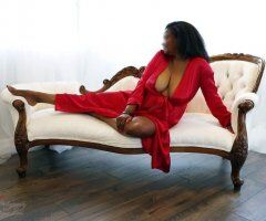Northern Virginia female escort - Let me take you on a sensual journey..