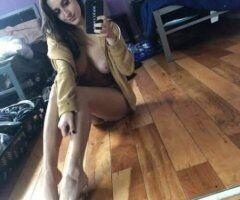 Sacramento female escort - I offer some bare back services