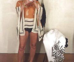 Albuquerque female escort - Petite Sexy&Juicy😜💦Come Dip Your Drizzle Stick In My Honey🍯🍯