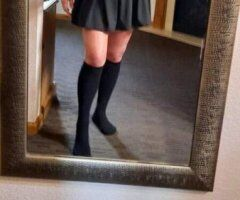 Duluth female escort - New to town looking to meet new ppl