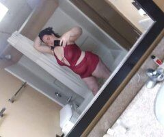 Newport News female escort - Looking for some weekend fun im ready. Let's start the 🎉 party