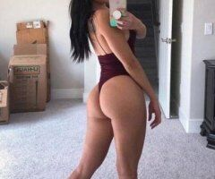 El Paso female escort - All holes available for hookup and long fun