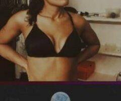 "Washington D.C. female escort - Mixed Race / 5'""9 / 140lbs / Outcalls"