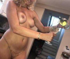 Treasure Coast female escort - Hottie with a bangin body!!