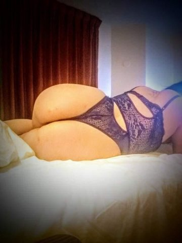 Sexy big booty Goddess - 100% real photos - available now - 3