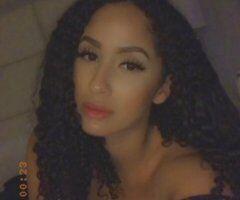 Central Jersey female escort - Leona